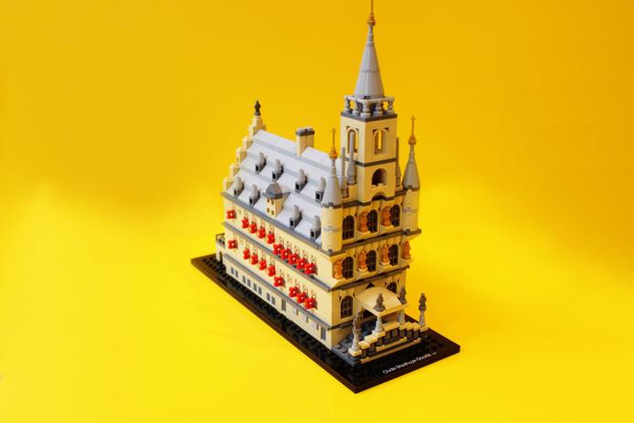 Vrijheidsbeeld Van Lego.Na De Eiffeltoren En Het Vrijheidsbeeld Nu Ook Gouds