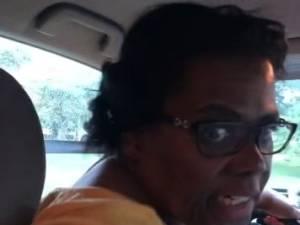 Une chauffeuse Uber force un couple de femmes à quitter sa voiture