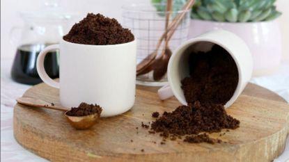 Zo kan je zelf een koffie scrub maken