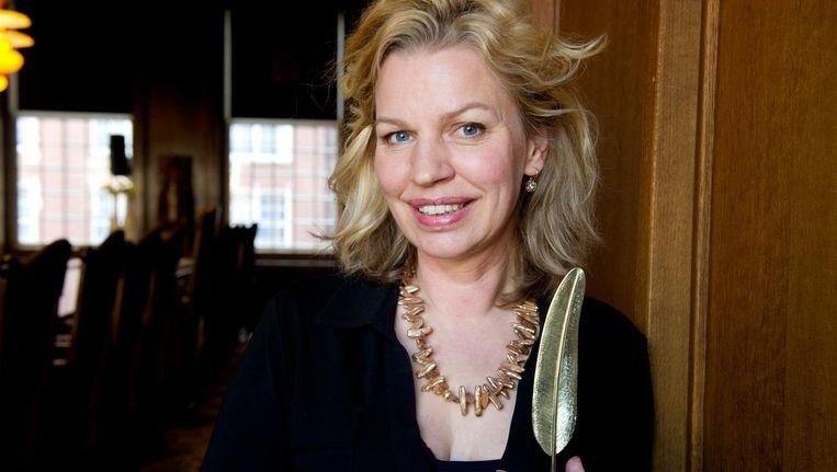 Schrijfster en historica Annejet van der Zijl kreeg in 2012 de Gouden Ganzenveer uitgereikt. Beeld ANP