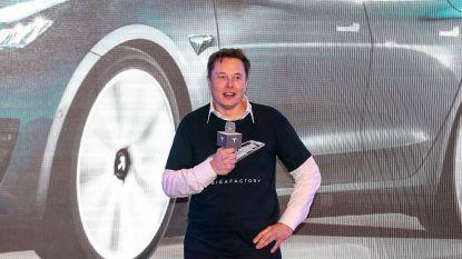 """Elon Musk: """"Tesla heeft voor eind dit jaar volledig zelfrijdende auto"""""""
