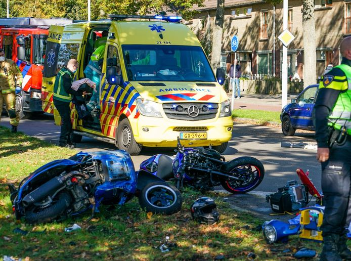 Zeer ernstig ongeval tussen motor en motorscooter in Eindhoven