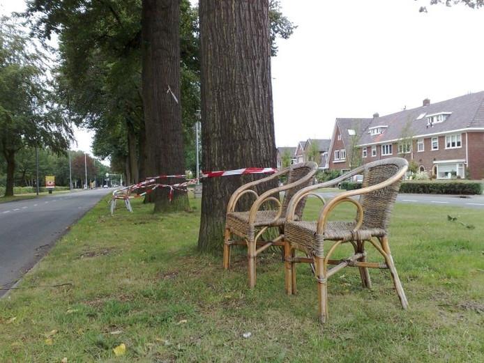 De stoelen die klaarstaan voor de Via Gladiola.