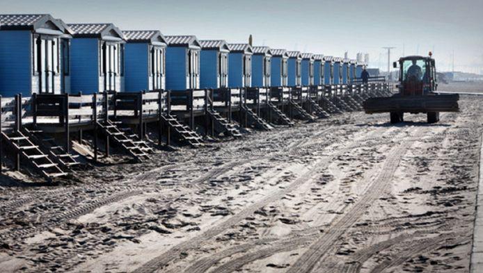De strandhuisjes aan de zeekant.