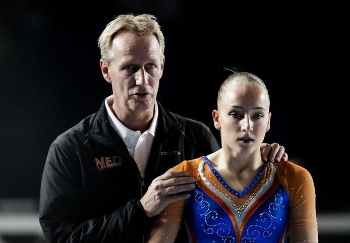 Vincent Wevers met dochter Sanne op het WK turnen.