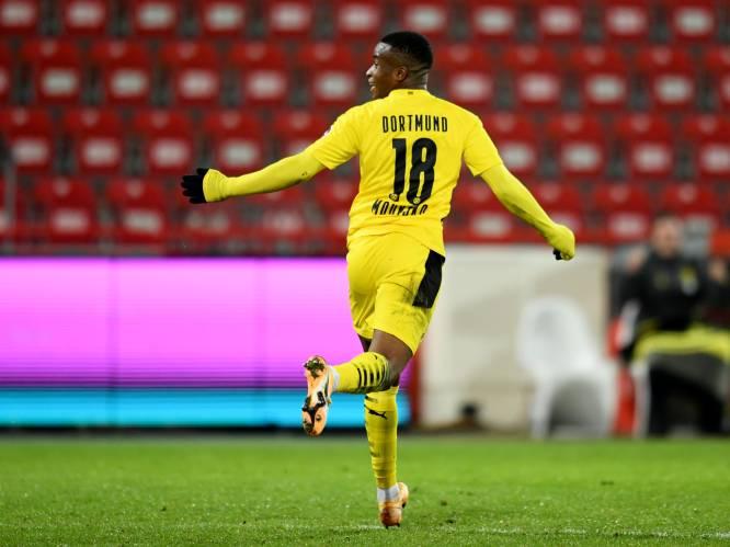 Wie is Youssoufa Moukoko, wonderkind dat begon te voetballen op turnpantoffels en intussen een recordsalaris opstrijkt?