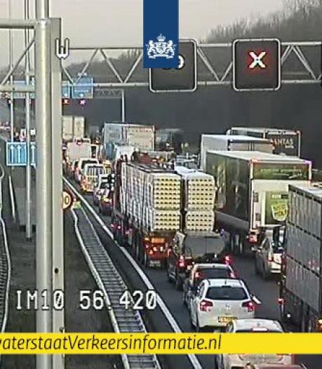Verkeer rond Utrecht loopt vast door ongelukken