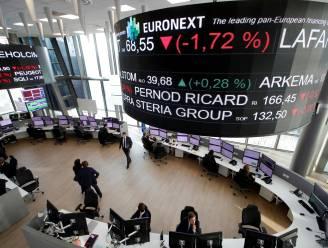 Beurzen gaan flink lager: speculatie-oorlog op Wall Street zorgt ook voor onrust in Europa
