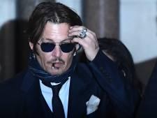 Johnny Depp stuurde woedende smsjes over verdrinken en verbranden Amber Heard