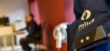 Une infirmière poursuivie pour avoir craché sur des policiers: elle prétendait avoir le Covid-19