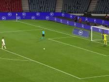PSV'er Zahavi mist penalty en ziet EK-droom Israël uiteenspatten