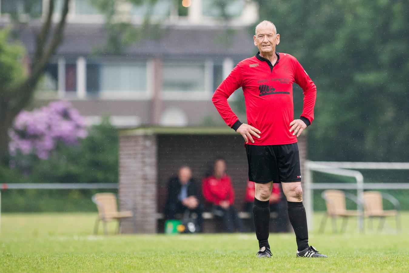 RKVSC-trainer Herman Bergacker eerder dit seizoen zelf in actie