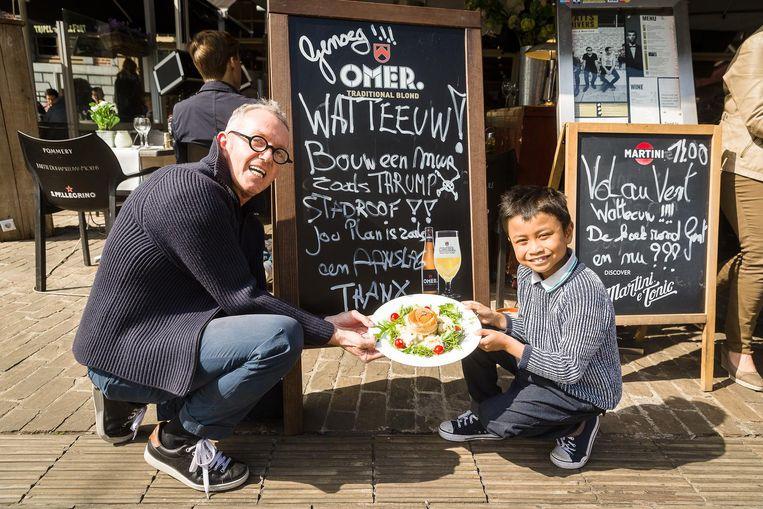 Alain Degryse en zijn zoon Ziggy van restaurant Faits Divers op Korenmarkt zijn tegen plan van Watteeuw.