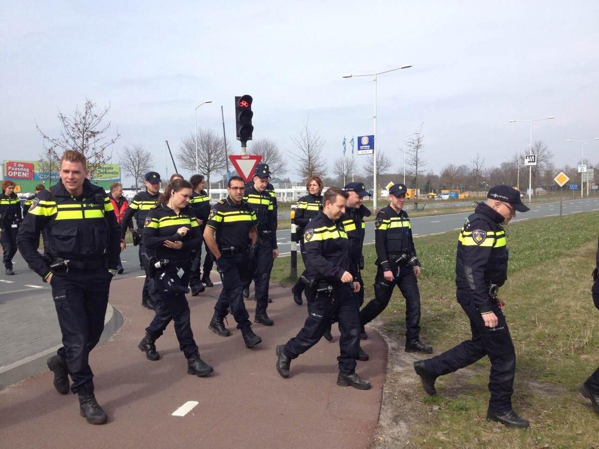 Politie voert actie voor betere cao.