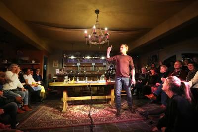 Geanimeerde gesprekken in 'Café Wankelmoed' in Zundert: een blijvertje