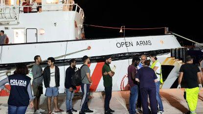 Spanje gaat 15 migranten van reddingsschip Open Arms oppikken