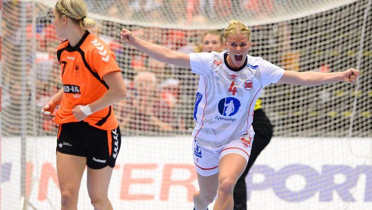 Veronika Kristiansen scoort. Beeld anp