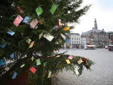 Voor het eerst wensboom op kerstmarkt Heusden-vesting