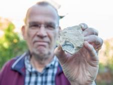 's-Heer Arendskerkenaar vindt zeldzame fossiele haaientand van tientallen miljoenen jaren oud