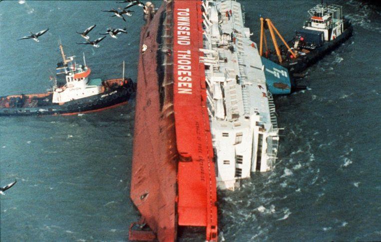 De Herald of Free Enterprise van rederij Townsend Thoresen kapseisde op 6 maart 1987.