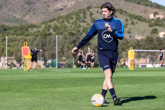 De nieuwe assistent van Van der Gaag: de bij FC Eindhoven weggehaalde Verberne.