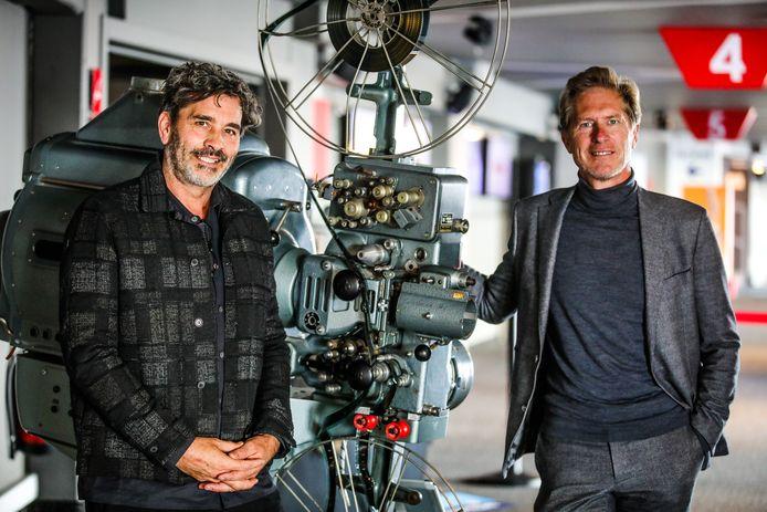 Koen De Bouw engageert zich als master voor zowel de FFO Nights als de festivaleditie in 2022. Hier samen met Peter Craeymeersch.