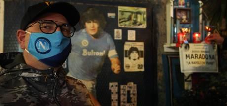 Napels huilt om Diego: 'Vaarwel, koning'