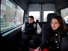 Leerlingen soms 90 minuten in taxibus