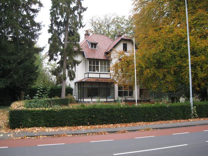 Villa Richmond aan de Stationsweg in Ede in betere tijden.