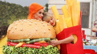 Taylor Swift laat voormalige aartsrivale Katy Perry toch opdraven in videoclip
