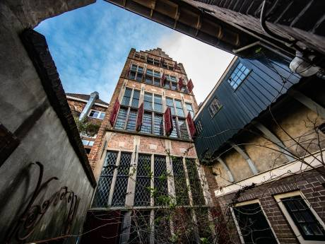 Gotisch Huis in Kampen staat nog wel een paar jaar leeg