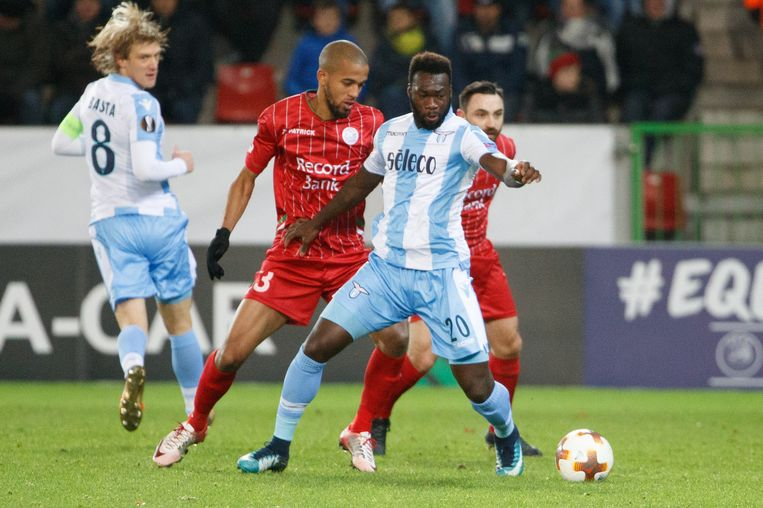 Dit was Zulte Waregem-Lazio: snelle openingsgoal, Romeins hakballetje én  een prinsheerlijke winner | Europa League | Sport | HLN