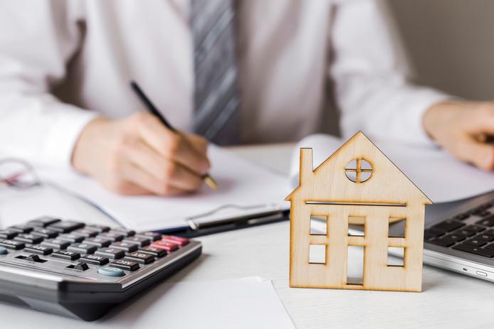 De hypotheek oversluiten, een goed idee? Het is de moeite van een berekening waard, vindt Marga Lankreijer-Kos van Independer.