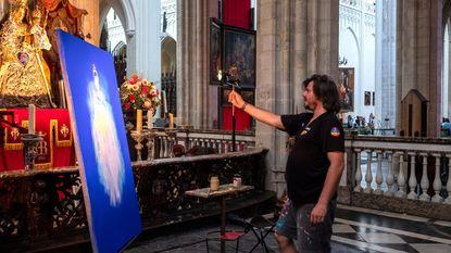 Kathedraalkapel wordt eventjes schildersatelier