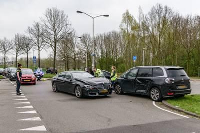 Vrouw gewond bij botsing in Breda