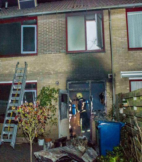 Woning onbewoonbaar na uitslaande brand in Eerbeek