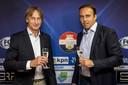 Trainer Adrie Koster en technisch manager Joris Mathijsen.