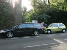 Langzaamrijden op de Zutphenseweg na kettingbotsing bij Eefde