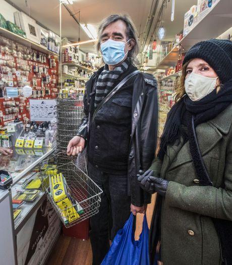 Keurige Hagenaars omarmen de mondkapjesplicht: 'Het is ook een kleine moeite'