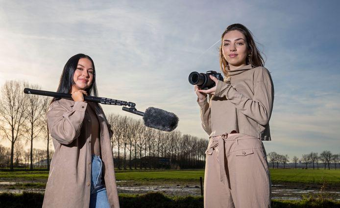 Anna Salhany (links) en Yasmin Apotheker hebben een documentaire gemaakt over ayahuasca.