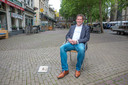Als de terrassen vanaf 1 juni weer open mogen, wil Zwolle ze in de binnenstad volop de ruimte geven. Het college van B en W praat daar dinsdag over. Volgens wethouder René de Heer is het niet ondenkbaar dat automobilisten tijdelijk van bepaalde plekken worden geweerd.