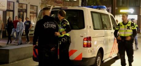 Man slaat uit het niets vrouw in haar buik in Den Bosch