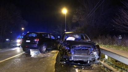Twee gewonden bij frontale aanrijding op Liersebaan