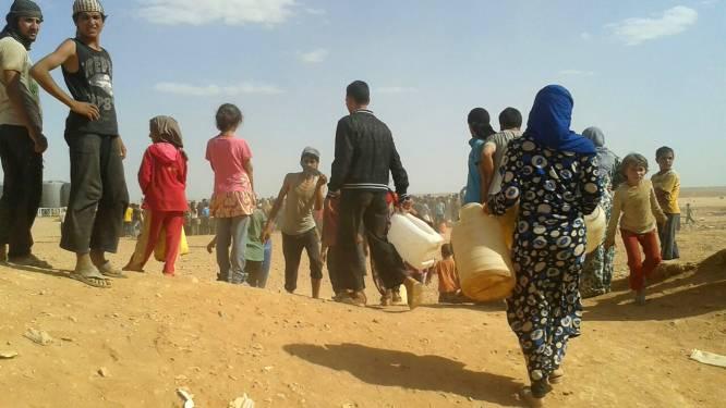 Ruim 75.000 vluchtelingen vast in niemandsland tussen Syrië en Jordanië