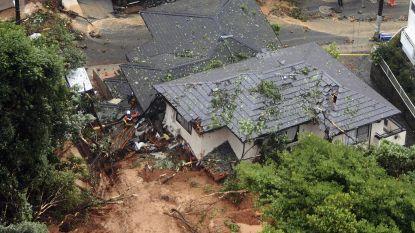 Noodweer in Japan: drie doden, honderdduizenden mensen moeten huizen verlaten