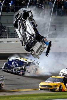 Les images d'un terrible accident à la fin du Daytona 500