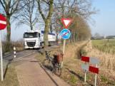 De lange weg van een fietspad