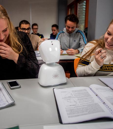 Ziek thuis, maar tóch in de klas dankzij robot Benji