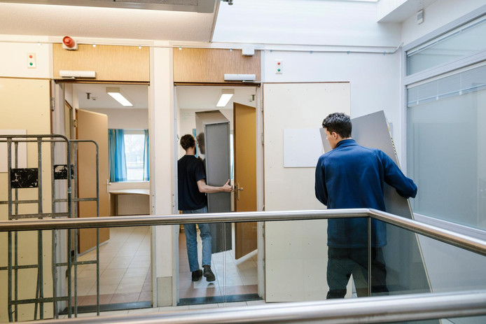 Er is plek voor vijftig asielzoekers in de voormalige jeugdgevangenis in Amsterdam
