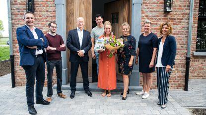 Tinne Herrijgers is de 12.000ste inwoner van Rijkevorsel